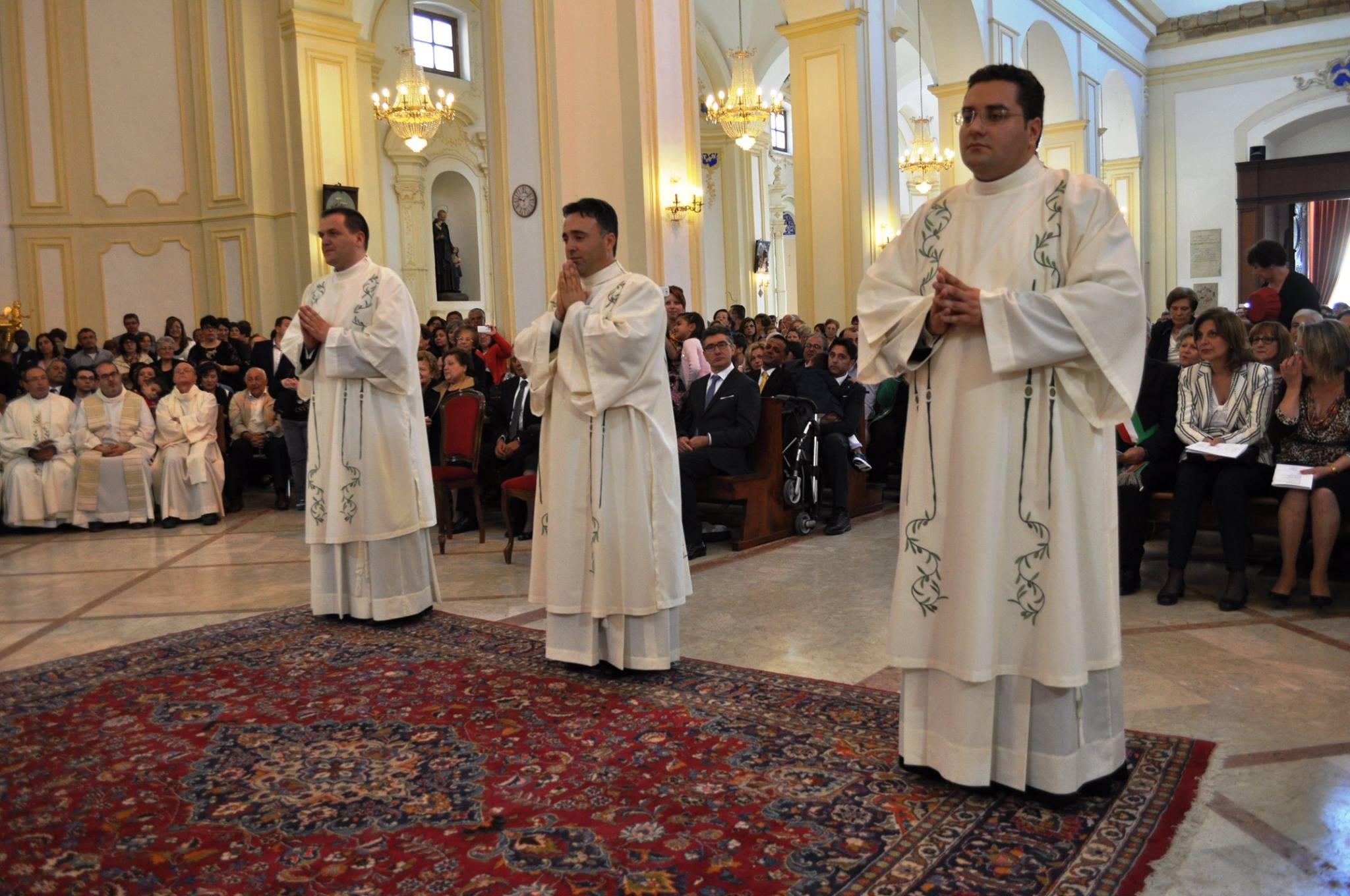 Gianluca Arcuri ordinato diacono dal cardinale Montenegro