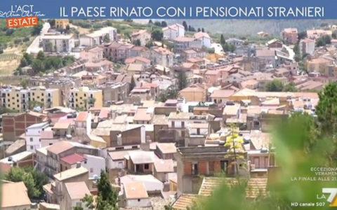 """Cianciana, servizio su La7: """"Il paese rinato con i pensionati stranieri"""""""
