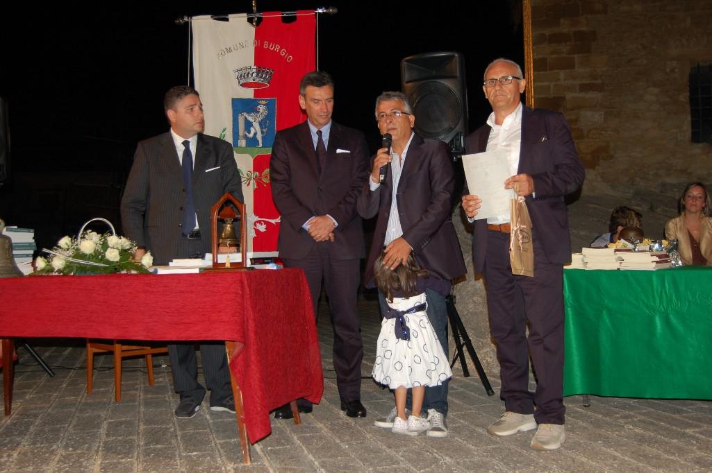 L'architetto Sanzeri premiato a La campana di Burgio per il suo libro su Cianciana