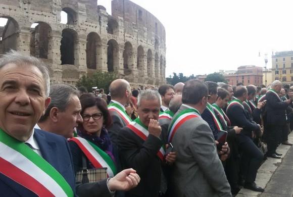 Festa della Repubblica: il sindaco di Cianciana alla parata del 2 giugno
